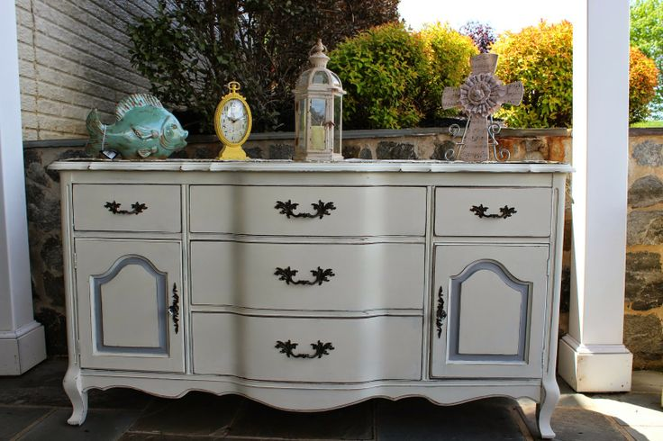 Quaint With Paint:  Quaint With Paint also just finished this great b...