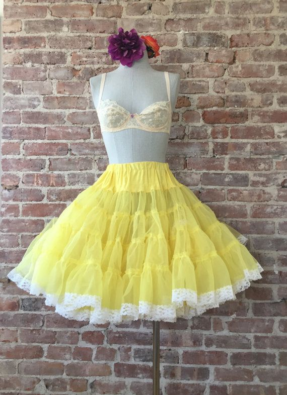 This Beauty is 25% off Yellow Crinoline Skirt - Crinoline Slip - Pettiskirt - Petticoat