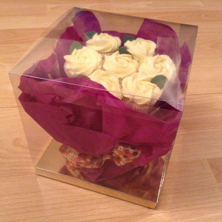 Peppermint Cupcakery-mini cupcake bouquet