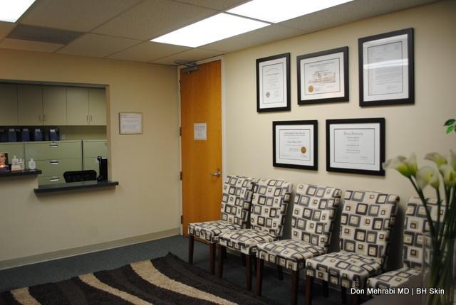 Waiting Room- Encino/Tarzana