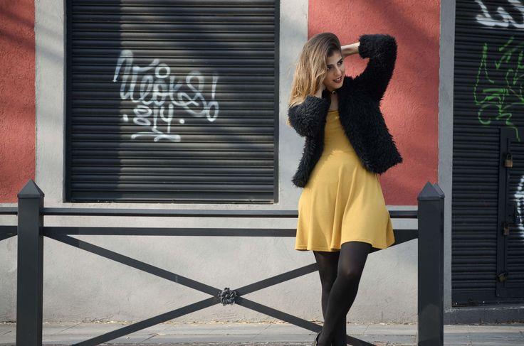 Produccion General: Paula Sabelli - Productora de moda Foto y Retoque Digital: Javier Pazos  Modelo: Clara Gonzales Bunster Vestuario: Aguaviva Adrogué