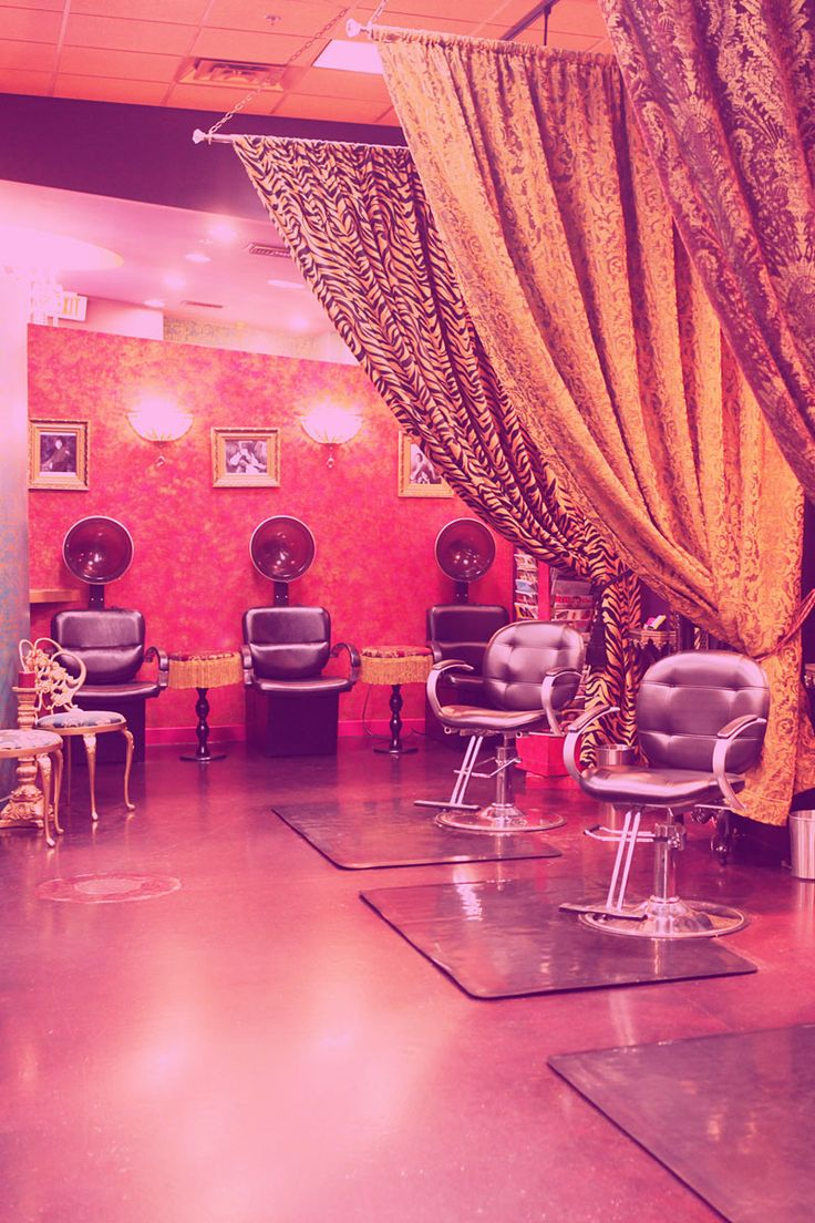 Pink hair salon chairs - Like The Curtains