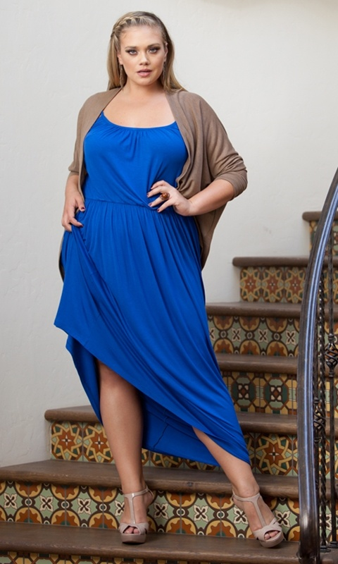 Cool, California style in this bohemian, spaghetti strap plus size maxi dress for year-round style. Layer it through the cooler months and wear it again as the temperature heats up.