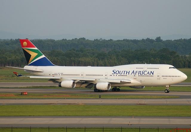 Very first scheduled arrival of South African Airways to IAD. Boeing 747-400 ZS-SAK. by tipekusair, via Flickr