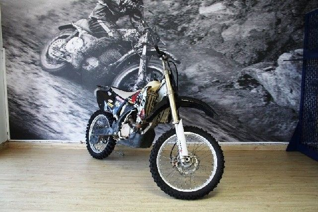YAMAHA YZ 250 F CASH FOR R 27,000 FOR MORE INFO GO TO www.teamcit.co.za OR CALL 0123428571