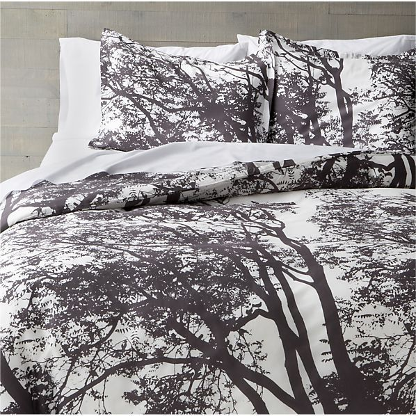 Marimekko Tuuli Raisin Full/Queen Duvet Cover in Duvet Covers | Crate and Barrel