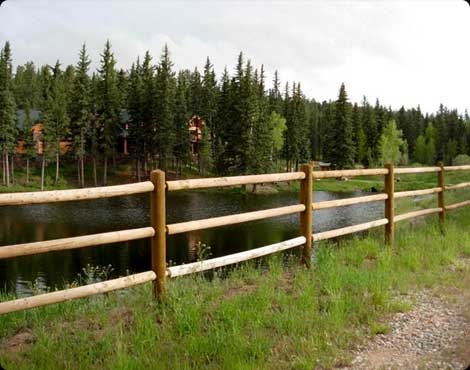 Log fencing looks great in the mountains!!!: Logs Fence