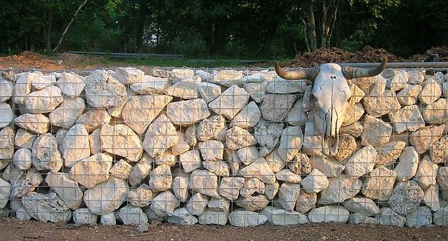 limestone gabion wall