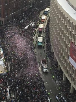 Patriots draw wild cheers from giddy fans at Boston parade | Local News - WCVB Home