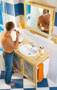 Waschtisch Und Spiegelschrank Im Landhausstil: Die Beiden Möbel Passen  Super Zusammen Und Sind Dank Handtuchhalter