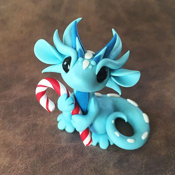 Blue Dragon Hugging Candycane von DragonsAndBeasties auf Etsy