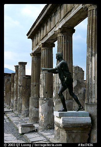 Pompeii, Campania, Italy--Tempio di Apollo (Temple of Apollon)