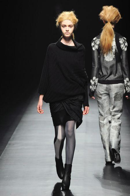 Fall 2013 Ready-to-Wear  Yasutoshi Ezumi