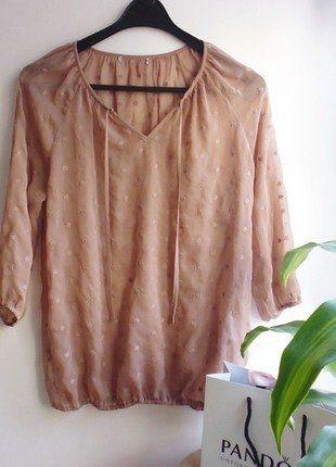 Kup mój przedmiot na #vintedpl http://www.vinted.pl/damska-odziez/koszule/17265357-koszula-mgielka-ozdobne-naszycia-kwiaty-brudny-roz-s