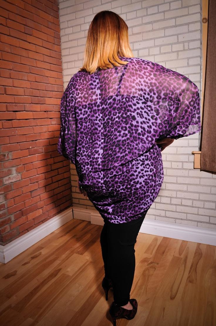 Kaftan mauve imprimé animal. Taille: 2X / PRIX: 25.99$    Purple animal print kaftan, size 2X / Price 25.99$