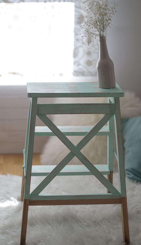 Diy. Convierte tu escalera de ikea en una pieza de estilo vintage con chalkpaint.
