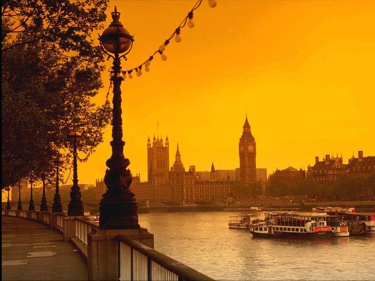 London. True love at first sight.