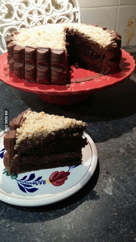 Kinder Bueno cake (not for U.S.A.)