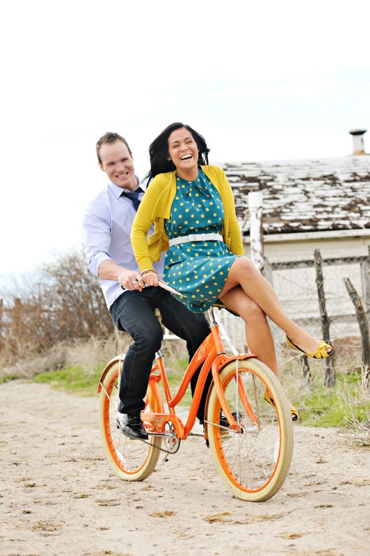 fun and adorable and makes me want an orange bike! #couples