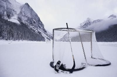 How To Build A Hockey Net With Pvc Pipe | LIVESTRONG.COM