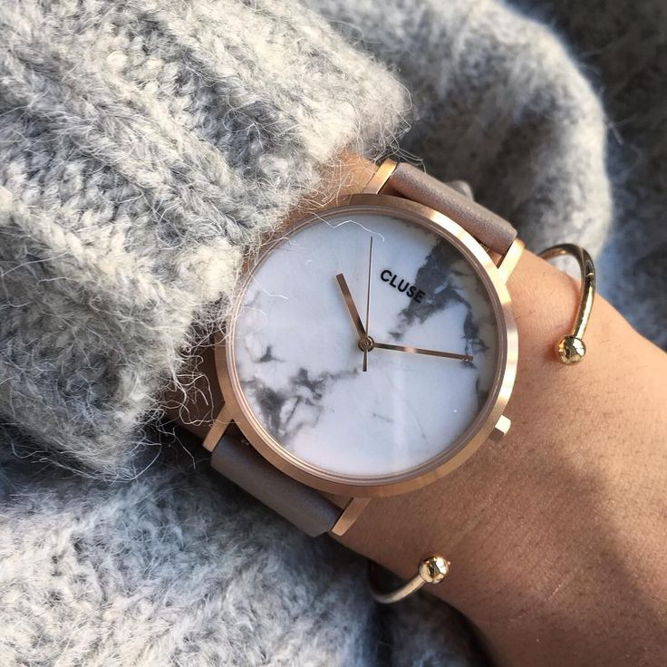 La Roche collection just got two gorgeous additions. Rose gold, and soft grey are matched with a gorgeous marble dial, available in both white, and black.  Choose your favourite
