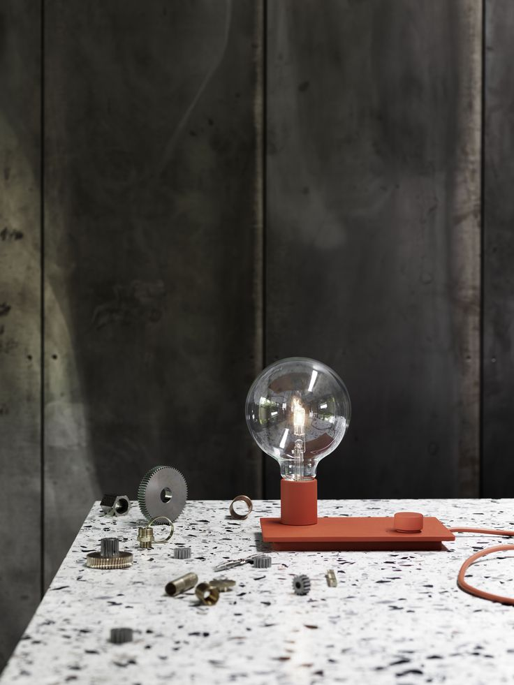 CONTROL table lamp by Muuto. Designed by TAF Architects. #controllamp #muuto #muutodesign #scandinaviandesign