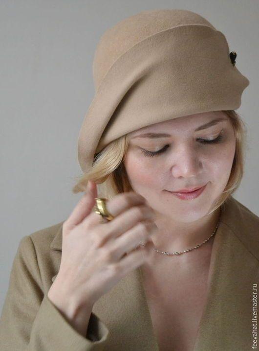 Шляпы ручной работы. Ярмарка Мастеров - ручная работа. Купить Клош бежевый шляпа из велюра в стиле 20- х годов. Handmade.