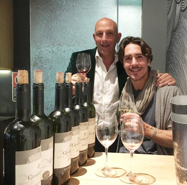 Tasting Camartina with wine expert & master of wine Ned Goodwin in Australia.