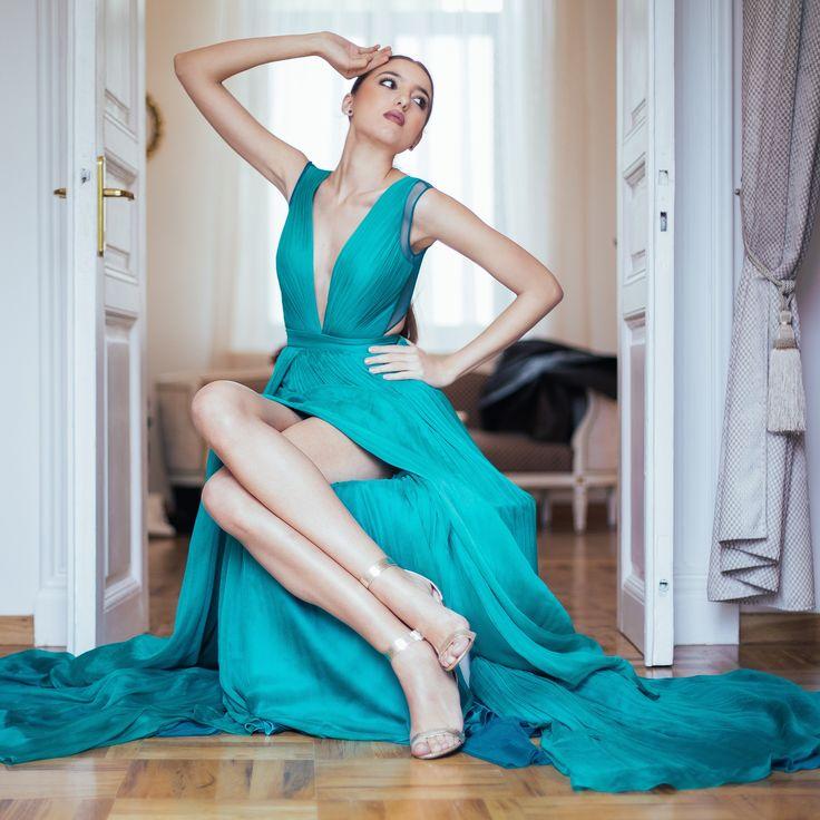 CRISTALLINI #EveningDress #RedCarpet #Silk #Prom