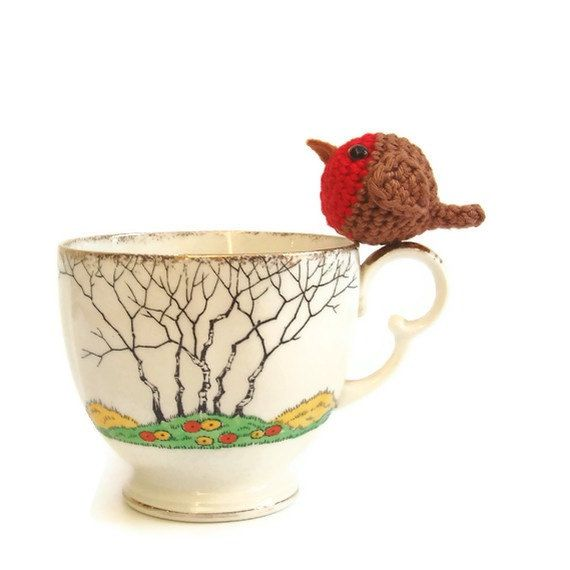 Crochet robin,  tiny robin christmas decoration. $10.00, via Etsy.