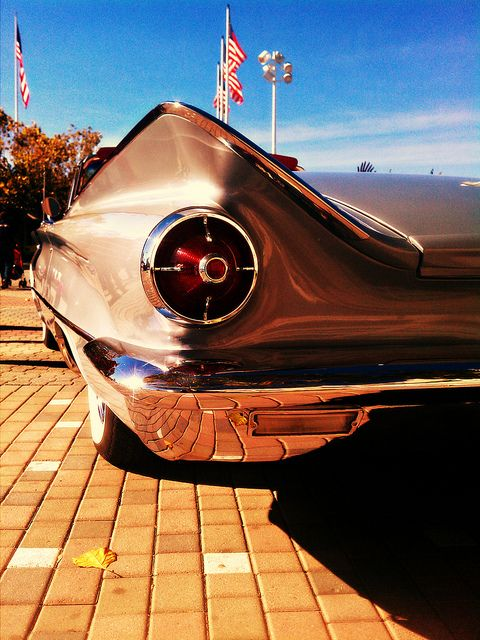 Car Show Classic: 1960 Buick LeSabre Convertible – I'd Really Rather Have This