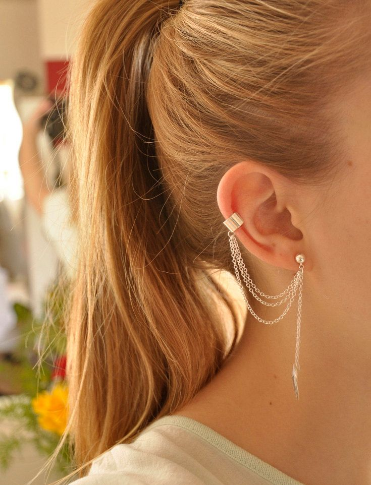 Fashion 1 Pc New Personality Metal Ear Clip Leaf Tassel Earrings Pendientes Ear Cuff Women Caught In The Ear Cuffs Jewelry · favorite things Ear Cuff Jewelry, Chain Earrings, Clip On Earrings, Diamond Earrings, Silver Earrings, Silver Jewelry, Flower Earrings, Fine Jewelry, Pearl Earrings
