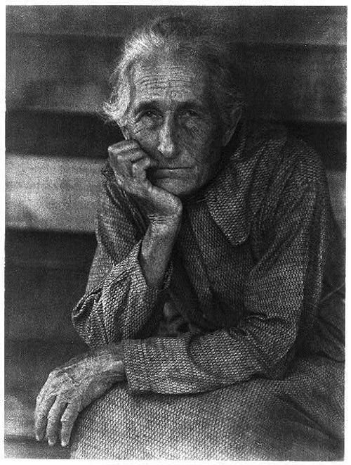 old woman seated (doris ulmann, appalachian portraits, c1930)