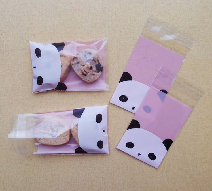A pack of TEN dinky little panda themed party bags.As well as these dinky bags we have an array of paper party bags in various styles,sizes, colours and patterns. These little Panda themed bags are perfect for popping in a small going home gift or a couple of cookies,slection of sweets of a tiny bar of soap! If you are going for a Panda themed party we also have a great panda sandwich maker from Japan that makes the pefect plump panda shaped sandwiches!Food safe strong cellaphaneWhen sealed…