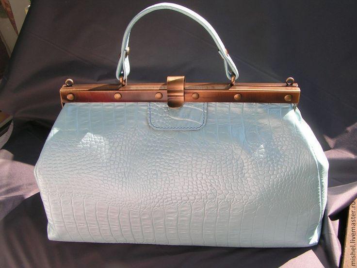Купить Нежно-голубой, перламутровый саквояж. - голубой, саквояж, сумка женская, сумка кожаная