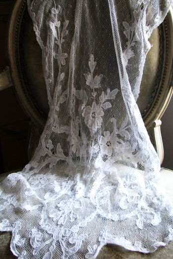 French Antique Lace, curtain panel  ~ Photography by Corey Amaro ~ Gorgeous white lace, beautifully draped~❥