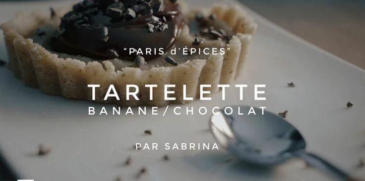 tartelette banane chocolat https://95degres.com/videos/05-07-2016-95-secondes-tartelette-crue-chocolat-banane
