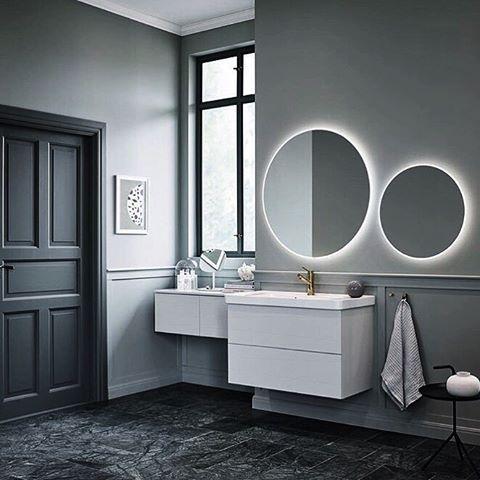 Letar badrumsinspo, ska renovera här hemma och måste bestämma mig nästa vecka! Gah, finns ju så mycket fint! Lutar mot denna runda spegel med belysning bakom, vad tror ni? 👍🏻👎🏻#velig#badrum#hjälp#badrumsspegel#badrumside#badrumsrenovering#badrum#badrumsinspo#badrumsinspiration#badrumsbelysning#rundspegel