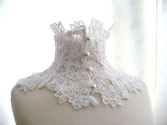 Collare bianco avorio in pizzo macramè vittoriano elegante con bottoncini in madreperla bianchi,regalo romantico