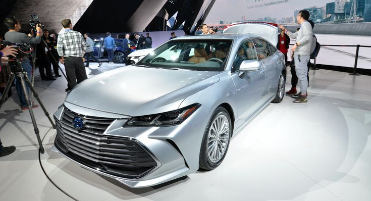 2019 Toyota Avalon Edges Closer To Lexus Adds Apple CarPlay Too - http://ift.tt/2DDAZEq