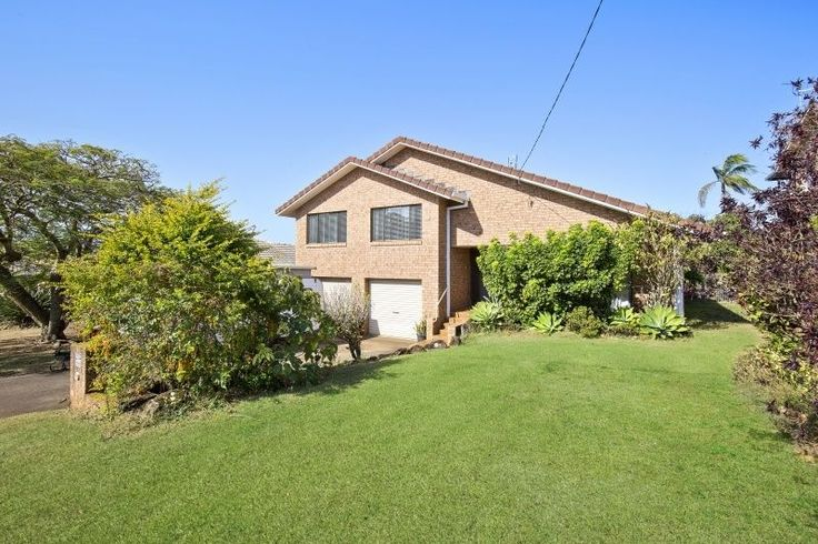 92 Pioneer Parade Banora Point NSW 2486 - House FOR SALE #3899738 - https://www.armstronggc.com.au