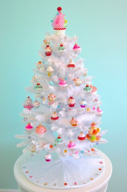 Cupcake Themed Christmas tree by MyMommaToldMe.com - cupcake sweets candy candyland Christmas