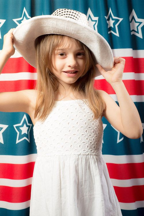 Planning 4th of July mini sessions this month? Get patriotic with our 4th of July themed backdrops! Now 20% off for a limited time. 6/9/2015