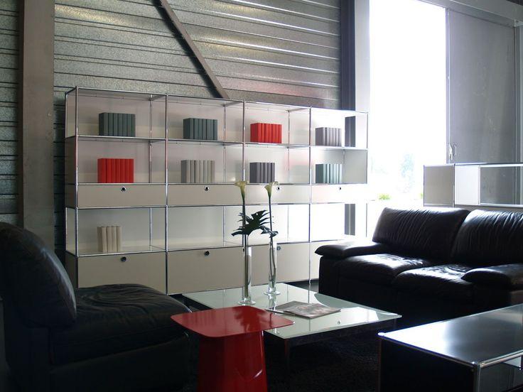 Система мебели SYSTEM4 позволяет создать гармоничное пространство в едином стиле для различных функций и задач