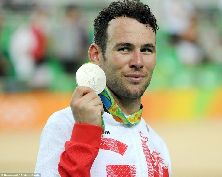 Dutch reporter says Mark Cavendish had a tantrum when asked about pile-up with…