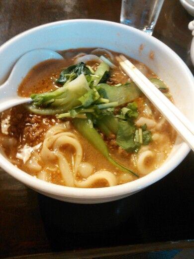 坦々刀削麺@新宿