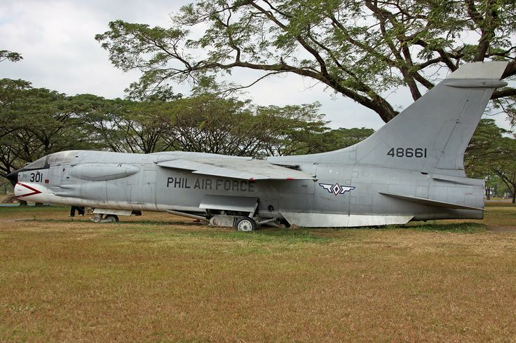 Philippine Air Force, On to Clark, a few displayed at the Airforce Park include another F-8H Crusader, 48661/301 (ex 148661)...