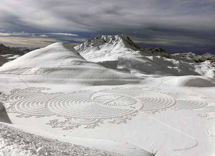 snowshoe art by simon beck (16)
