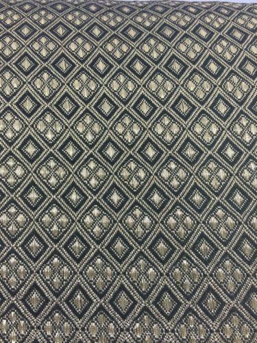 Gold-e-Black-Diamond-Tribale-Azteco-Indiano-banarsi-broacde-40-034-Wide-m376-Mtex
