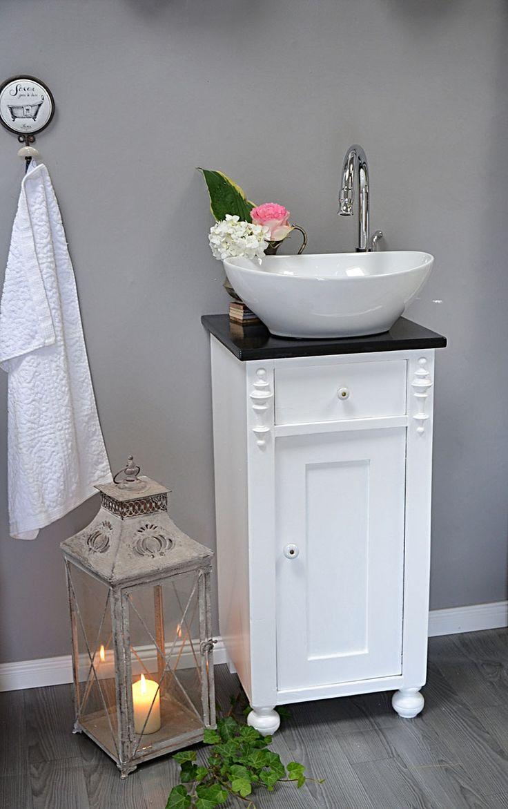 die besten 25 antiker waschtisch ideen auf pinterest. Black Bedroom Furniture Sets. Home Design Ideas